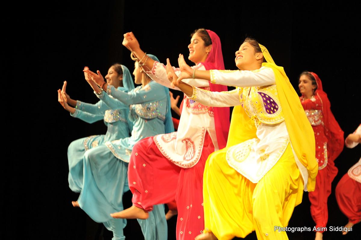 bhangra group